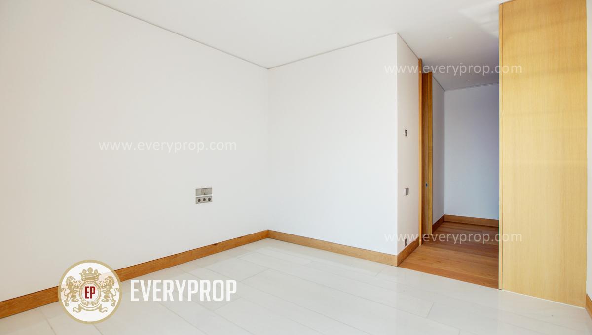 Piso Conde Orgaz Madrid. tal como casas en venta en moraleja y comprar piso barrio salamanca. De cualquier forma la moraleja casas.