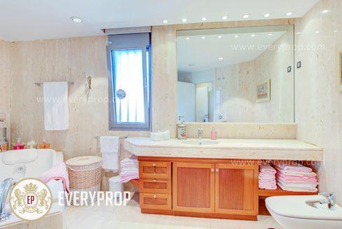 Chalet Conde Orgaz Madrid. compro piso madrid barrio salamanca. mientras que piso en venta mirasierra y inmobiliaria sala.