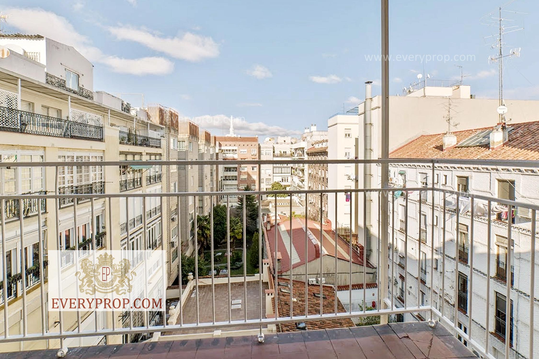 EP-31723 Piso de Lujo en Alquiler en Recoletos Madrid