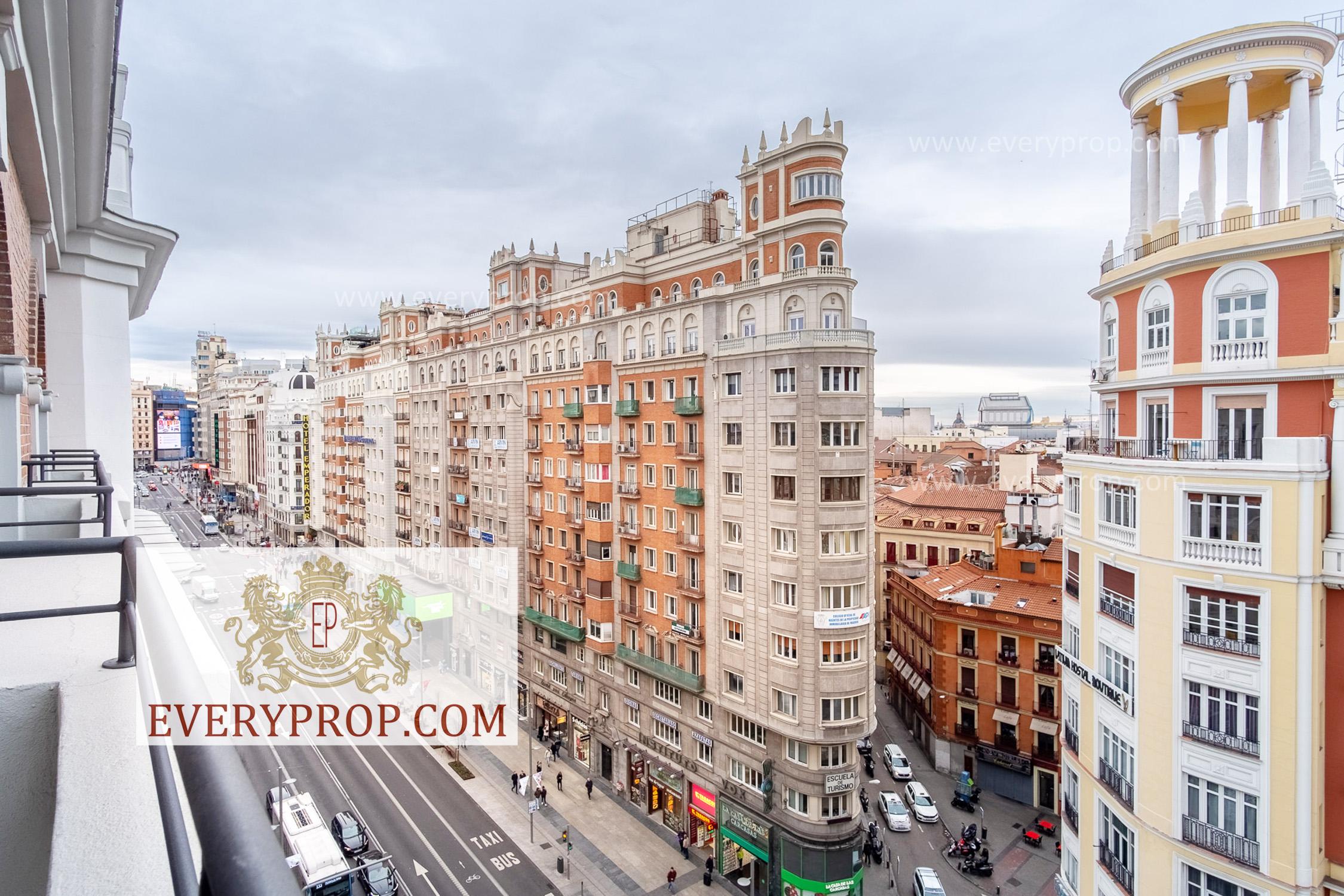 EP-31685 Piso de Lujo en Palacio Madrid