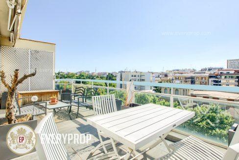 Inmobiliaria de Lujo en Castellana, presenta piso de lujo venta en Barrio de Salamanca, inmuebles exclusivos para comprar y ático con espectaculares terrazas en venta en Madrid.